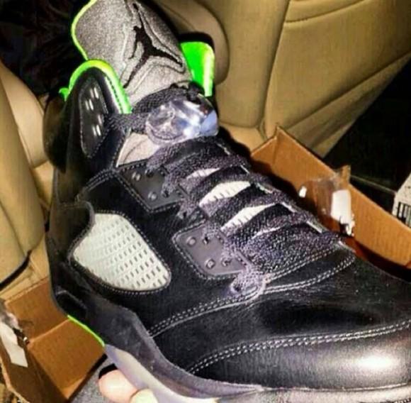 Air Jordan 5 Venom Green First Look