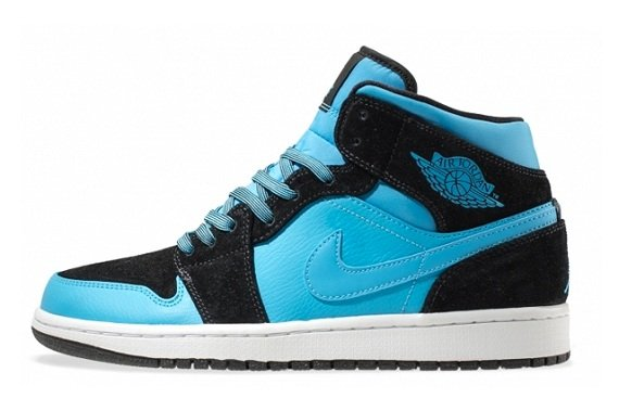 Air Jordan 1 Mid Powder Blue - More Detailed Pictures
