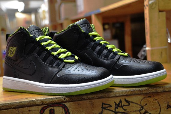 Venom Green 1s Air Jordan 1 Retro '...