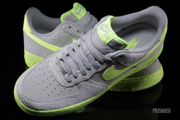 Nike Air Force 1 Low Wolf Grey Elephant Volt