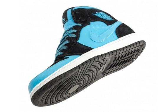 Air Jordan 1 Mid Powder Blue - More Detailed Pictures