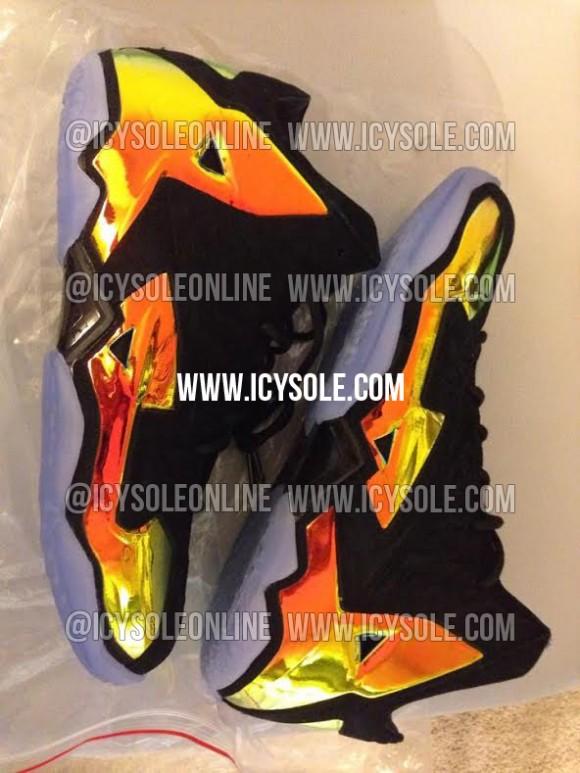 Nike LeBron 11 Kings Crown First Look