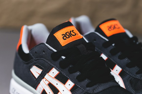 asics-gt-ii-blackbright-orange