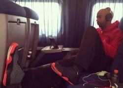 Celebrity Sneaker Watch: Richard Hamilton Travels in Jordan Future 'Infrared'
