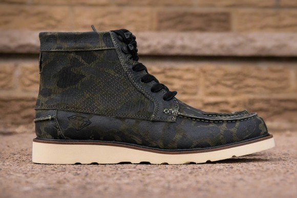 diamond-supply-co-g-i-boot-rain-fog-camo