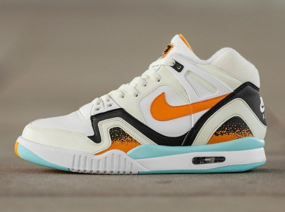 Nike Air Tech Challenge II Kumquat