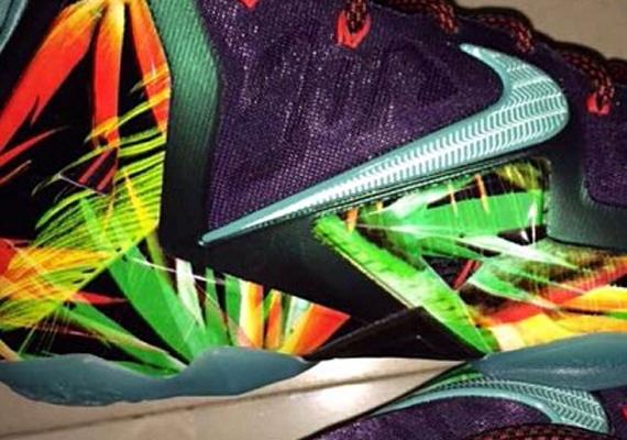 Nike LeBron 11 Reverse King's Pride Detailed Look