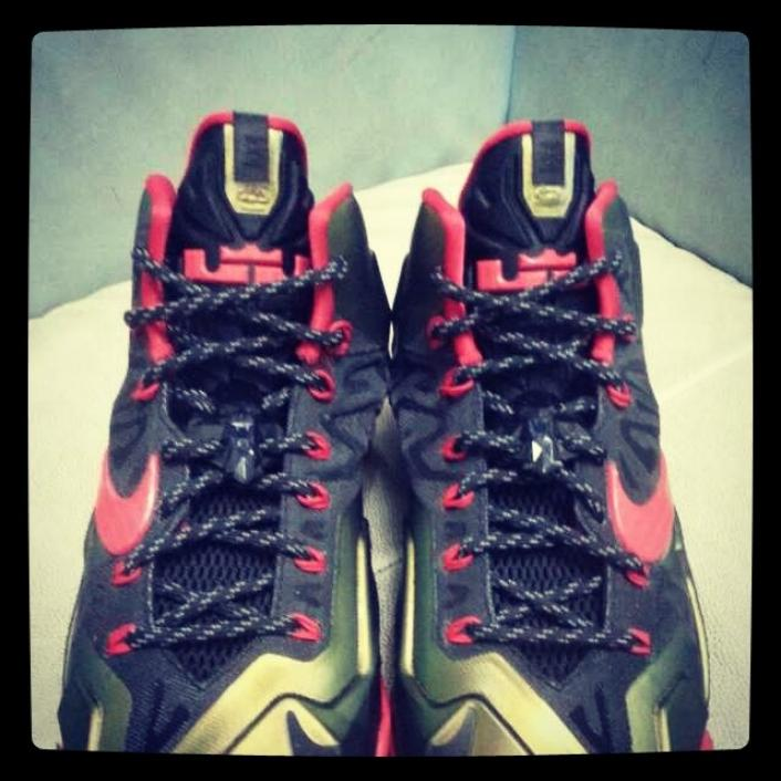Nike LeBron XI (11) Gold Red First Look