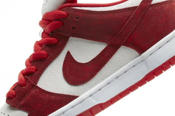 nike-sb-dunk-low-premium-valentines-day
