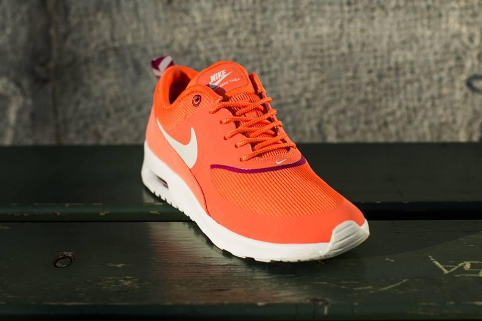 nike-wmns-air-max-thea-turf-orange-spray-bright-magenta-white-1