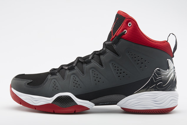 release-reminder-jordan-melo-m10-black-white-anthracite-gym-red-1