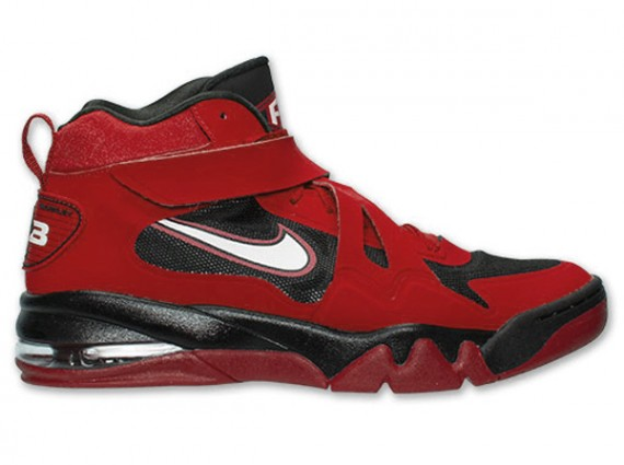release-reminder-nike-air-force-max-cb-2-hyperfuse-university-red-white-black