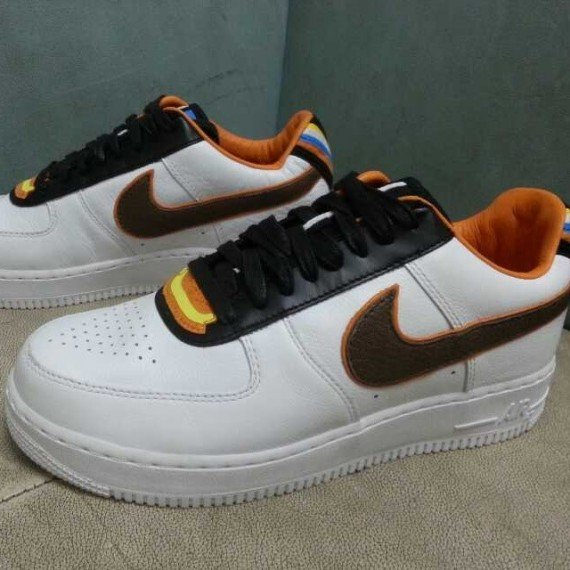 pretty nice 3ad09 d14df Riccardo Tisci x Nike Air Force 1 Low RT Detailed Look
