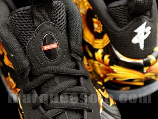 supreme-nike-air-foamposite-one-black-1