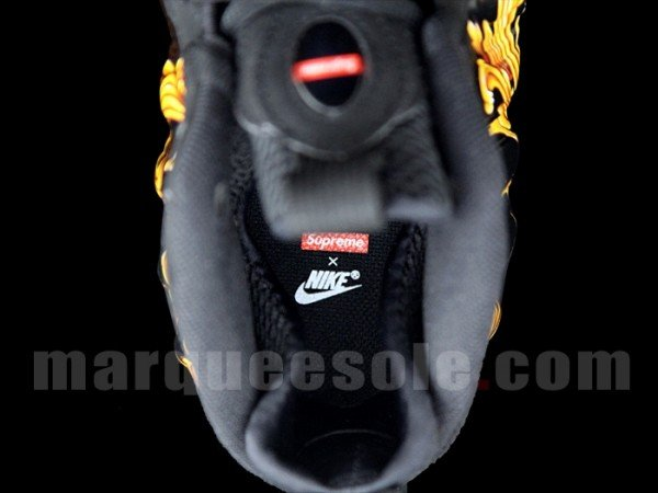 supreme-nike-air-foamposite-one-black-6