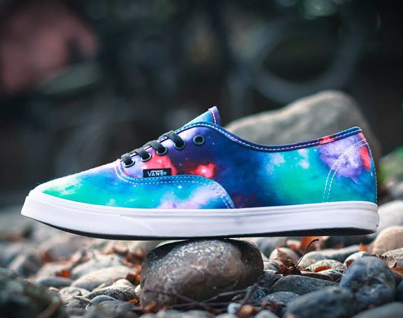 VANS Authentic Lo Pro Galaxy