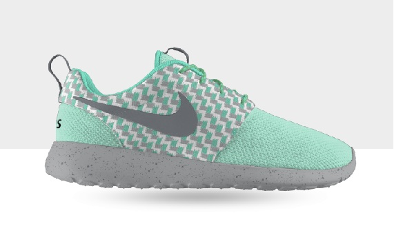 NIKEiD Roshe Run - New Graphic Options | SneakerFiles