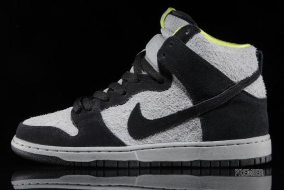 Nike SB Dunk High – Black/Base Grey/Venom Green