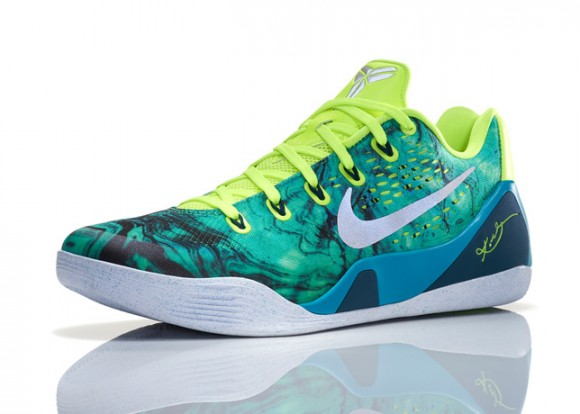 Check Out The Entire 2014 Nike Basketball Easter Collection