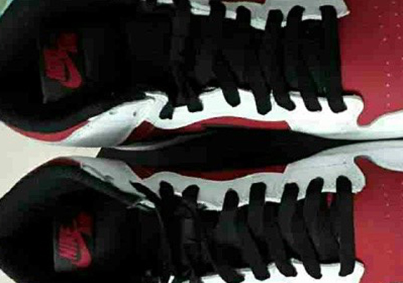 Air Jordan 1 Retro High OG White Red Black First Look