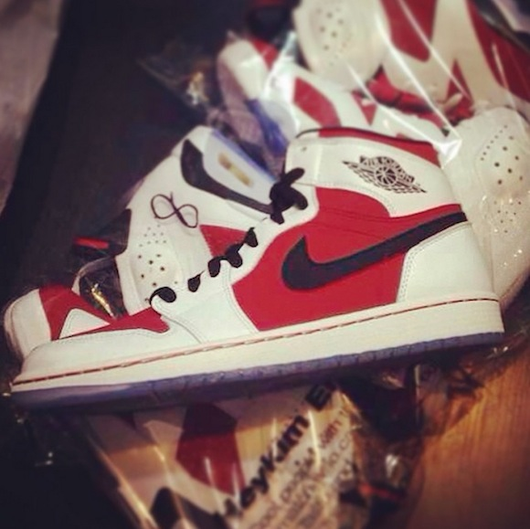Air Jordan 1 Retro OG High Carmine Another Look