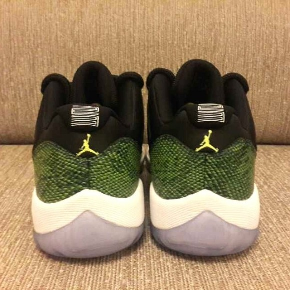 Air Jordan 11 Low Green Snake Yet Another Look