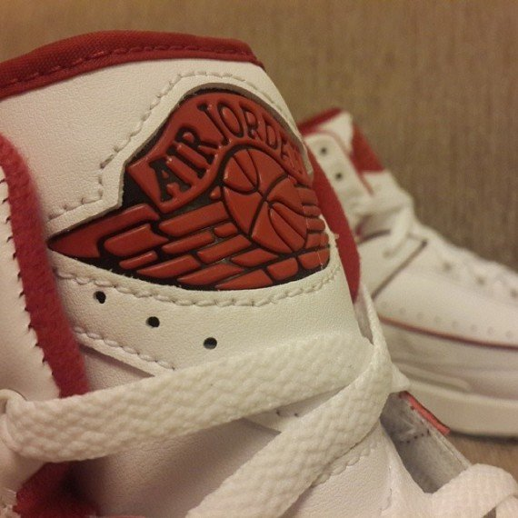 Air Jordan 2 Retro White Red Yet Another Detailed Look