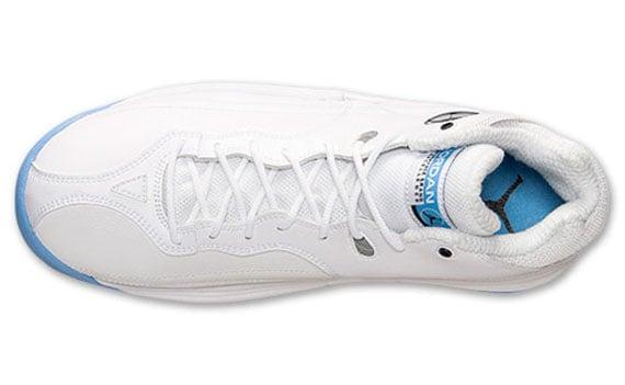 Jordan Jumpman Team 1 White University Blue Now Available