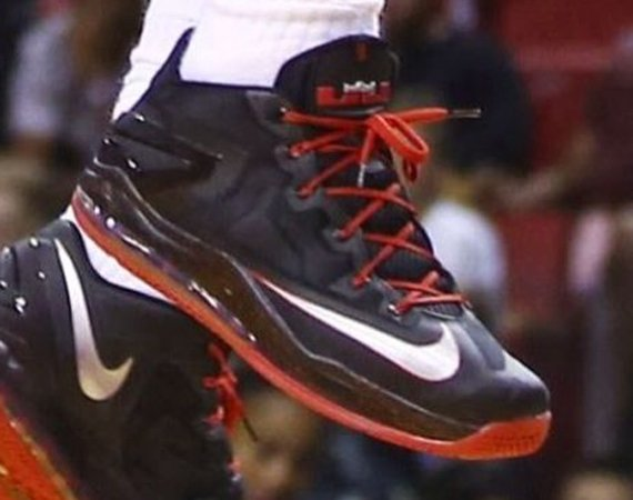 """release date 0a154 b7f20 LeBron James Debuted the Nike LeBron 11 Low """"Away ..."""