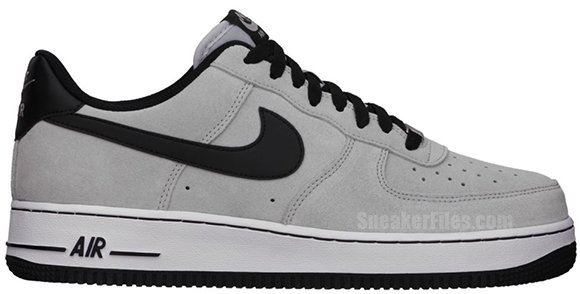 Nike Air Force 1 White Black Swoosh Quandary