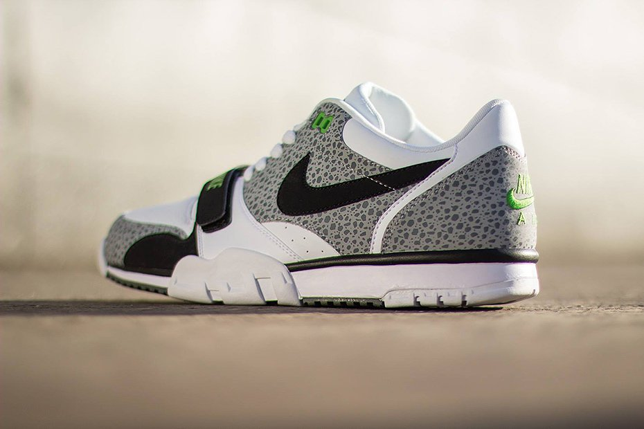 nike-air-trainer-1-low-st-white-black-wolf-grey-cool-grey-4