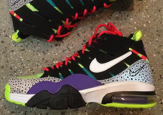 Nike Air Max Trainer '94 Multi-Color Now Available