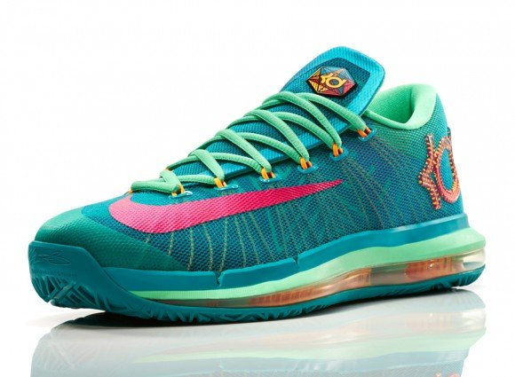 Nike Basketball Unveils Its Elite Series Hero Collection