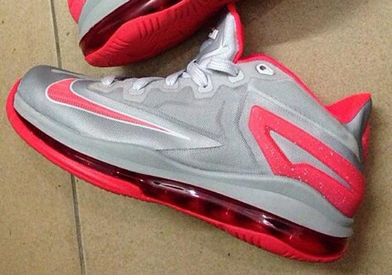 Nike LeBron XI (11) Low 'Grey/Red'