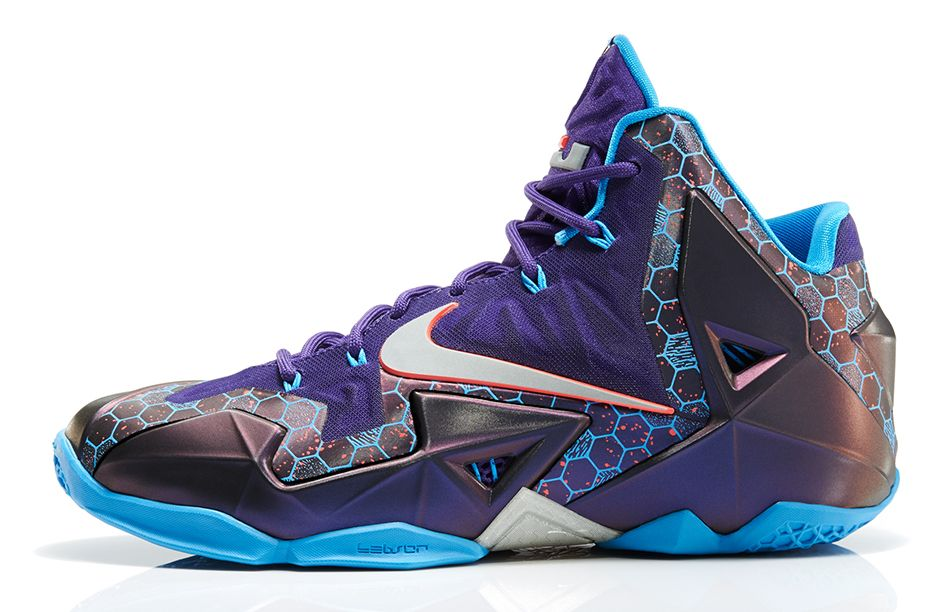 nike-lebron-xi-11-hornets-official-images-2