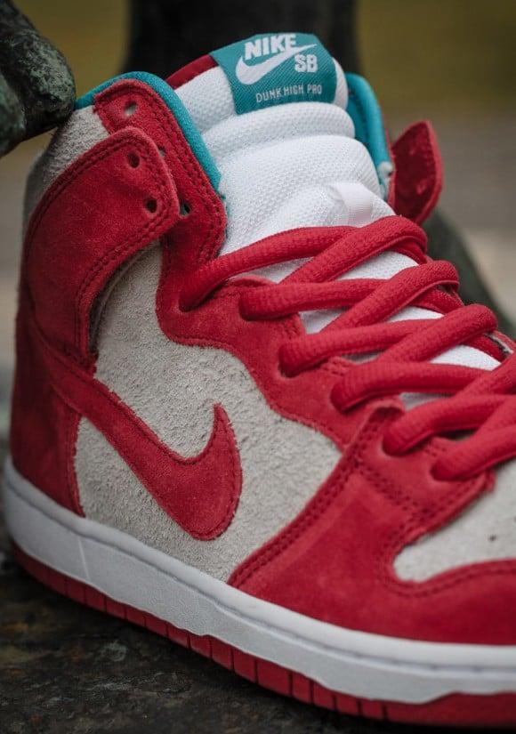 Nike SB Dunk High Gym Red Teal