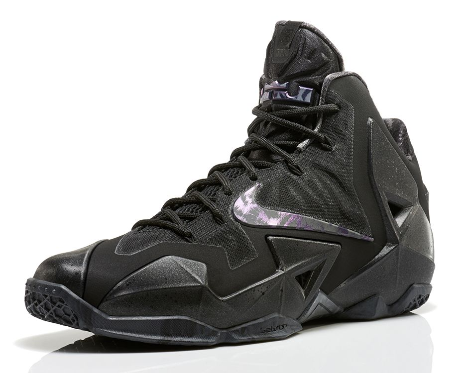 release-reminder-nike-lebron-xi-11-black-multicolor-anthracite-1