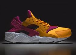 size? x Nike Air Huarache 'Laser Orange/Fuchsia Pink' | Restock