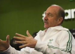 Stan Smith Talks His Tennis Career & the Stan Smith Shoe with size? | Video