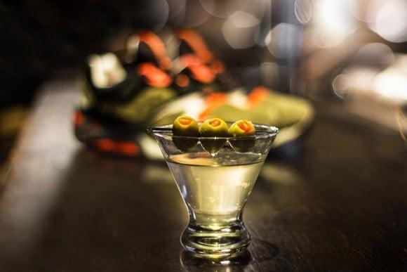 UBIQ x Saucony Grid 9000 Dirty Martini