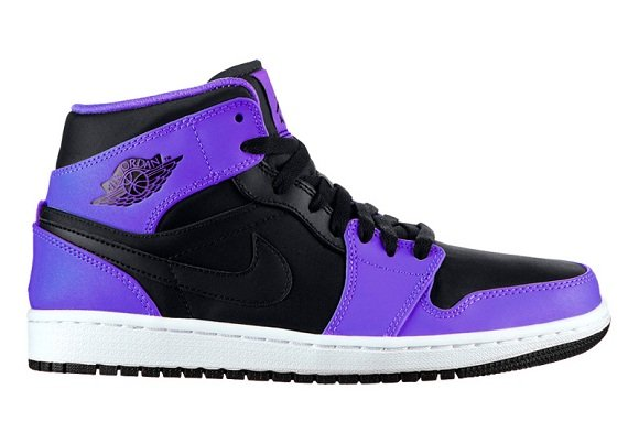 Air Jordan 1 Retro Mid Concord - Preview