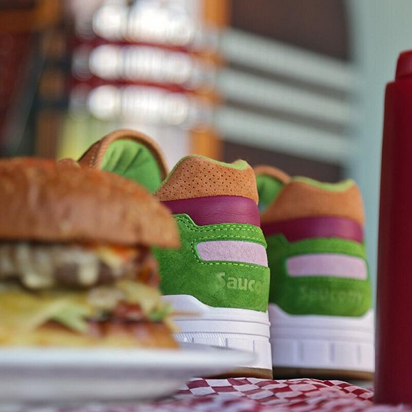 END x Saucony Shadow 5000 Burger Preview