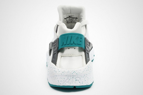 Nike Air Huarache (Turbo Green/Wolf Grey)