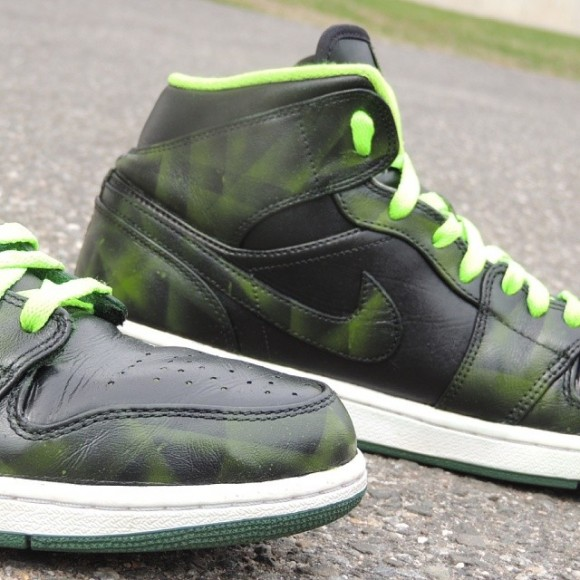 air-jordan-1-lasers-customs-kicks-galore