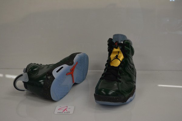 air-jordan-vi-6-champagne-glows-the-dark-3