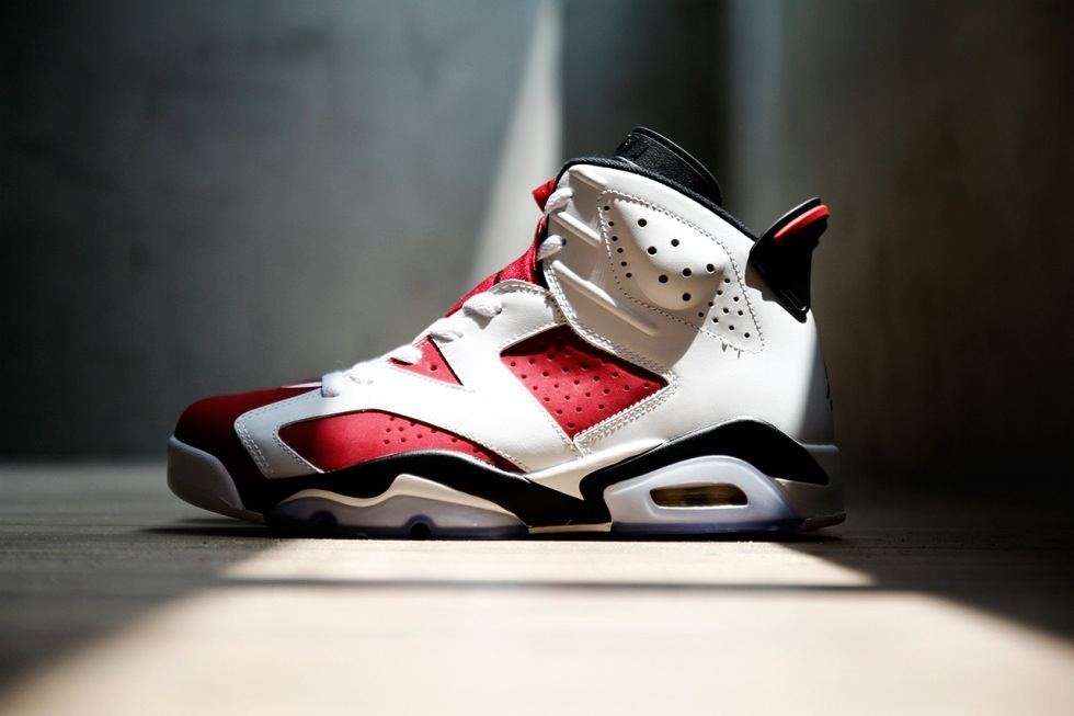 air-jordan-vi-6-white-black-carmine-a-closer-look-1