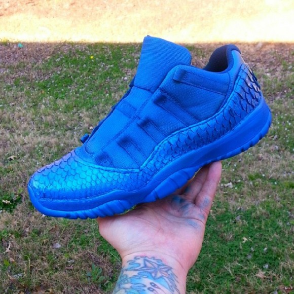 air-jordan-xi-11-low-blue-customs-kickasso-kustoms