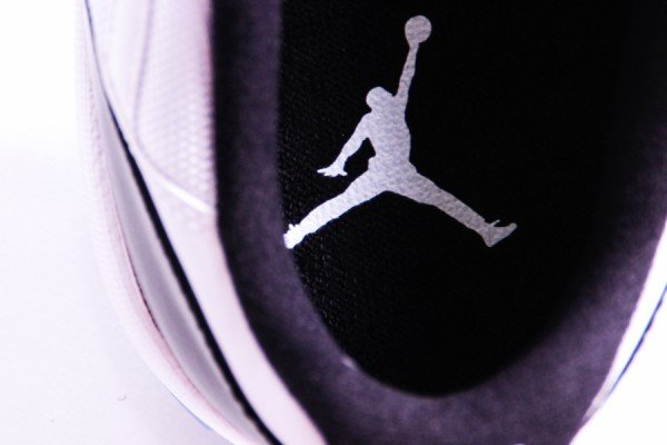 air-jordan-xi-11-low-concord-our-latest-look-11