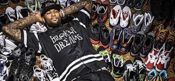 Demarcus Cousins Shows off his Sneakers  5235e3a32
