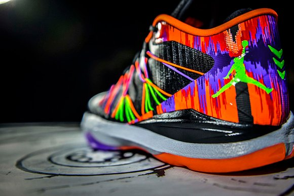 The Jordan CP3.VII AE Gets the Jekyll Hyde Treatment